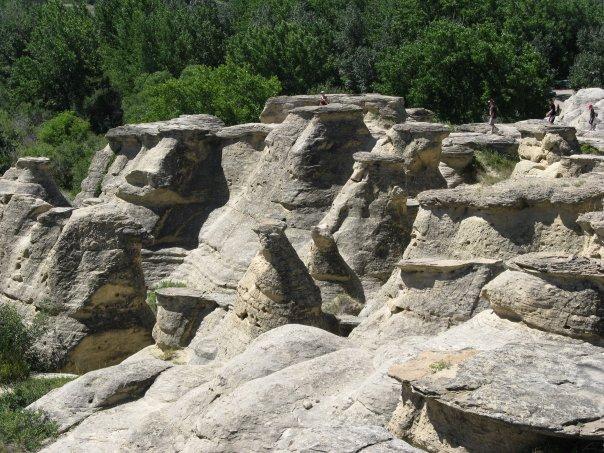 Hiking the Hoodoo trail Writing on Stone