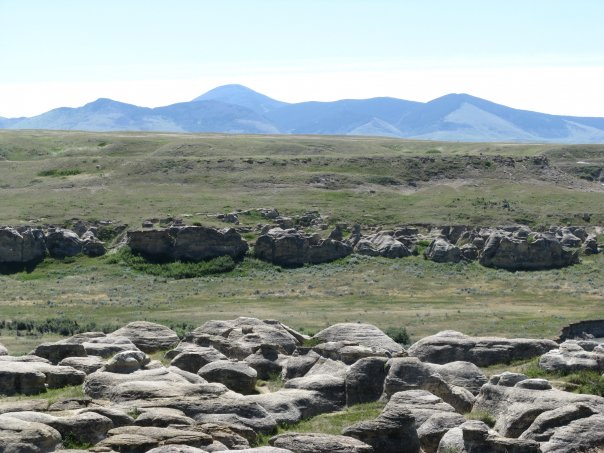 Sweetgrass hills Writing on Stone Provincial Park