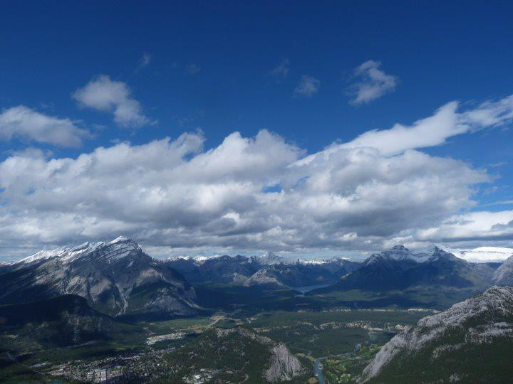 View from the top of the Sulphur Mountain